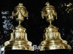 Pièces détachées Bronze en forme de cassolettes Ornement style Louis XVI