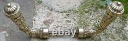 Poignées Richement Ouvragées en Bronze Louis XVI Feuilles d'Acanthe & Baies