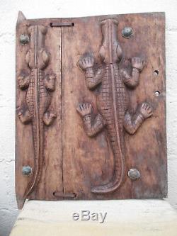 Porte DOGON ancienne -crocodiles-Afrique