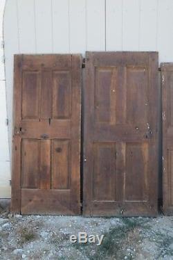 Portes anciennes en Noyer