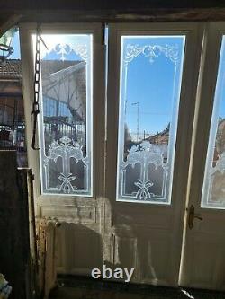Portes de séparation avec des verres gravés
