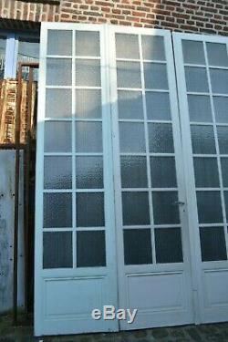 Portes de séparation vitrées en sapin