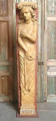 Sculpture en résine fronton de façade de maison patine original. XX siècle