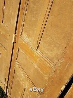 Serie de 6 anciennes monumentales portes en chêne boiserie maison de maitre