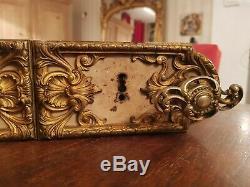 Serrure Ancienne de chateau XIX ème s bronze doré