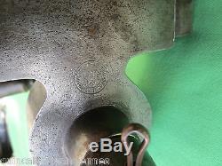 Serrure Gollot gros modèle boitier fonte béquilles corne porte immeuble carré 12