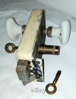 Serrure ancienne haute sureté en applique Fontaine avec 2 clés