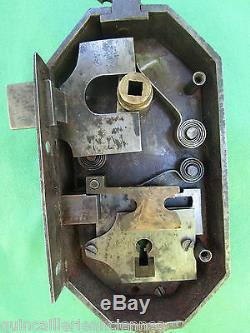 Serrure clef fer ancienne F T porte pour poignées carré de 6 Pousse gauche