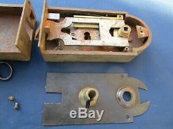 Serrure clef gâche fer décor argent ancienne porte droite pour carré de 6