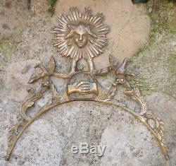 Soleil Architectural Bronze Corniche ancienne Symboles