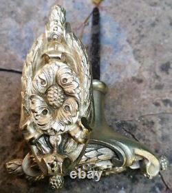 Spectaculaire Paire de Poignées de Porte d'intérieur en Bronze style Louis XVI