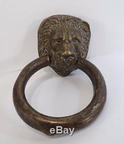 Superbe heurtoir de porte ancien en bronze, tête de lion gros anneau