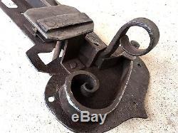 (n°6) Ancienne Serrure décorée / Porte de château avec sa clef / forgée XVIIIe